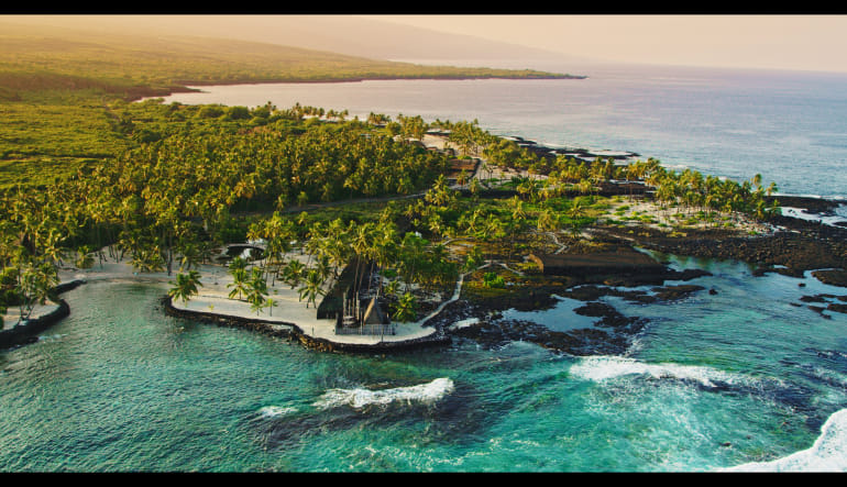 Helicopter Tour Big Island, Circle Island Experience - 2.5 Hours City of Refuge