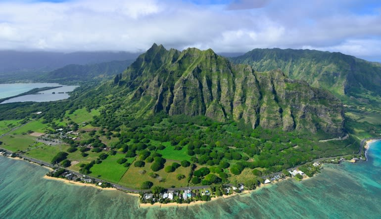 Helicopter Tour Oahu, North Shore Adventure Flight - 20 Minutes North Shore