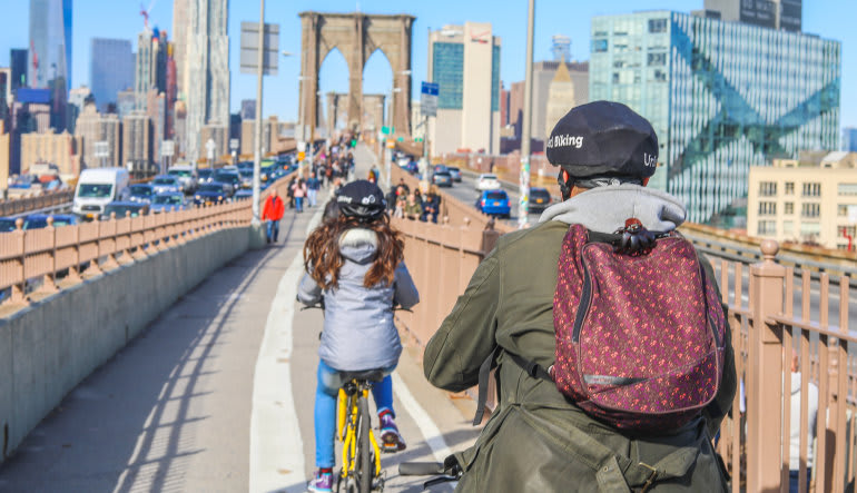 Brooklyn Bridge Bike Rental - Day Pass Backpack