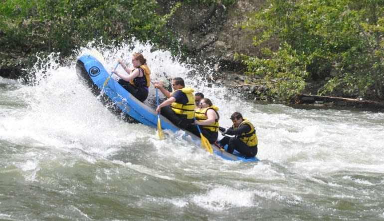 Whitewater Rafting Seattle, Tieton River - SEPTEMBER ONLY Raft