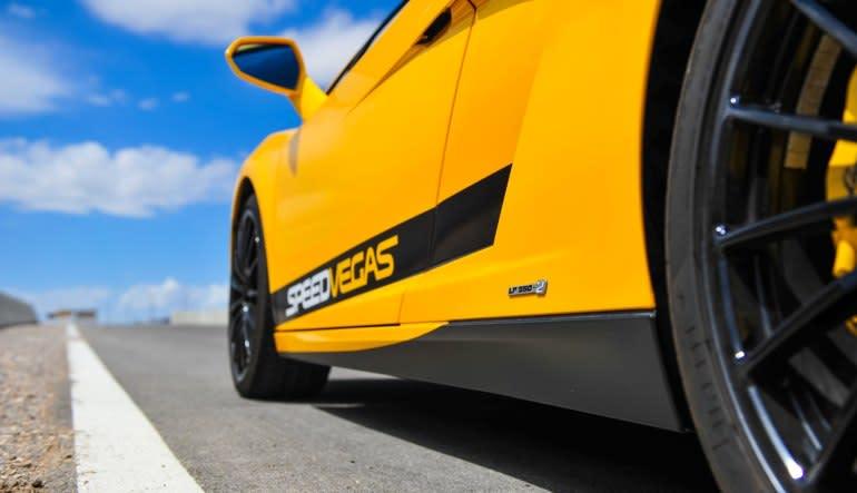 Lamborghini Huracan 5 Lap Drive (Includes Hotel Shuttle Pick Up)-Las Vegas Side