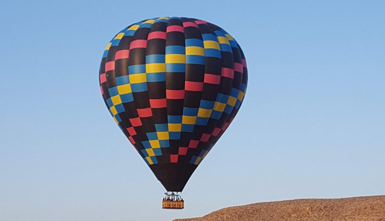 Hot Air Balloon Ride Las Vegas - 1 Hour Flight with Breakfast (FREE SHUTTLE from Vegas Strip Hotels)