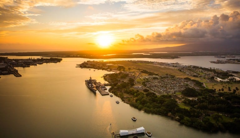 Helicopter Tour Oahu, Doors Off Waikiki Sunset - 20 Minutes