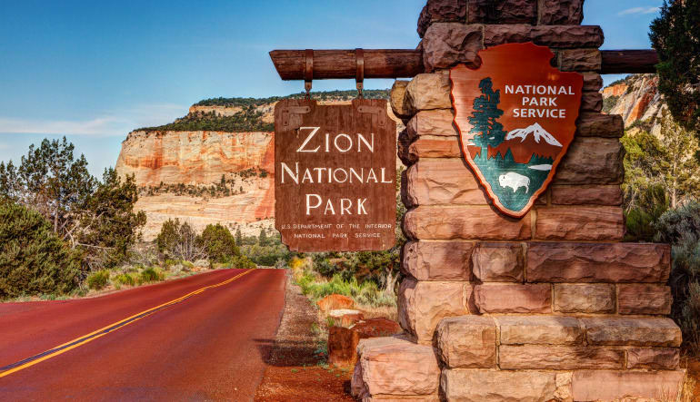 Zion Plane Tour from Las Vegas - 6.5 Hour