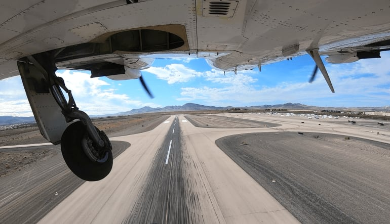 Arches National Park Plane Tour from Vegas - Full Day