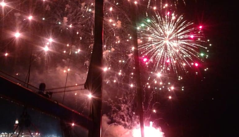 Chicago Sailing Private Charter Fireworks Cruise - 2 Hours