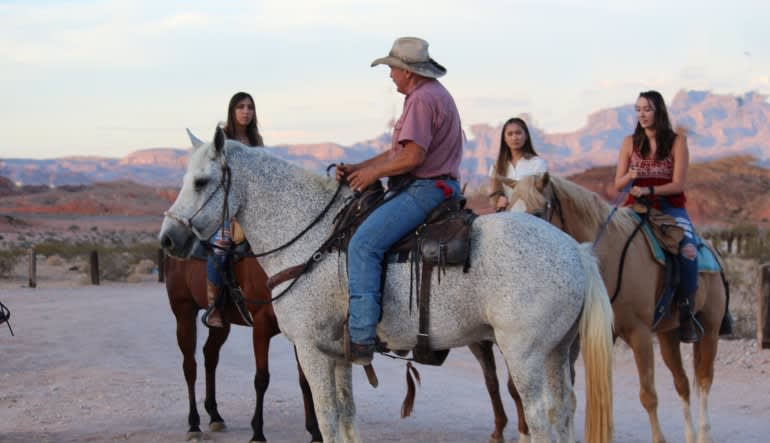 Horseback Riding Las Vegas with Lunch & Show