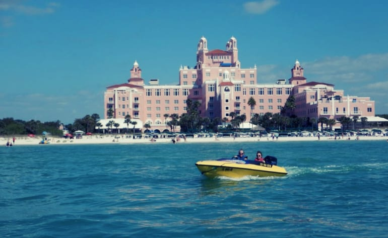 Speed Boat Tour St. Petersburg, 2 Hours