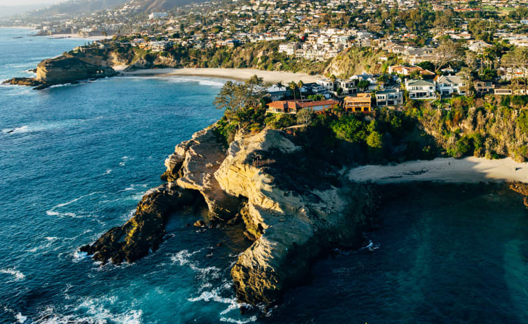 Helicopter Tour Newport Beach, OC Triangle - 25 Minutes