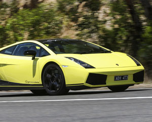 Lamborghini Drive Melbourne (30 Minutes Plus Photo)