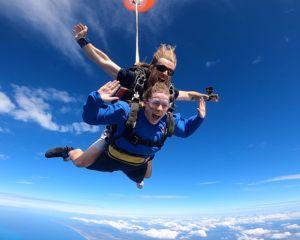 Skydiving Sunshine Coast Caloundra - Tandem Skydive 15,000ft WEEKDAY SPECIAL