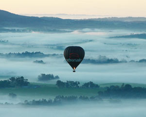 Hot Air Balloon Melbourne, Yarra Valley WEEKDAY SPECIAL OFFER! (Flight Only)