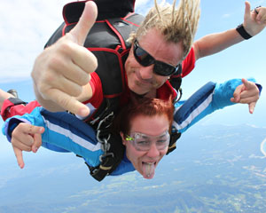 Skydiving Coffs Harbour - Tandem Skydive 7,000ft