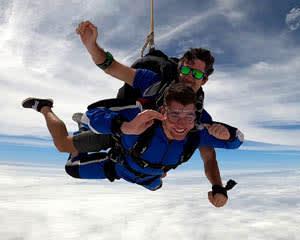 Tandem Skydive 14,000ft, Weekends - Sydney
