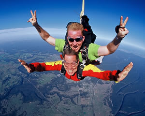 Skydiving Cairns to Innisfail - ½ Day Trip - Tandem Skydive 14,000ft