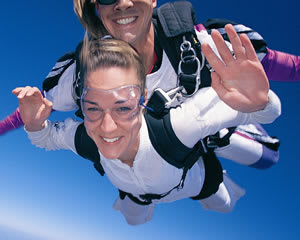 Skydiving Sydney - EARLY BIRD WEEKDAY SPECIAL - Tandem Skydive 14,000ft