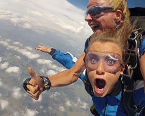 Skydiving Sydney - EARLY BIRD WEEKEND SPECIAL - Tandem Skydive 14,000ft