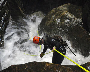 Extreme Canyoning in Butterbox Canyon, Full Day - Blue Mountains