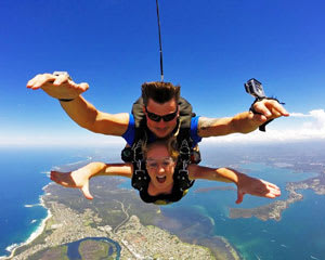 Tandem Weekend Skydiving Up To 15,000ft - Newcastle Beach