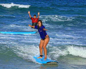 Gold Coast Surfing Lesson, 2 Hour Group Lesson PLUS 100% STAND UP GUARANTEE PLUS FREE PHOTO PACKAGE