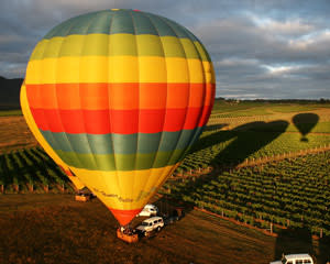 Hot Air Ballooning, Weekend Flight - Pokolbin, Hunter Valley INCLUDES GOURMET BREAKFAST