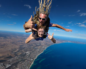 Skydiving onto Busselton Beach, 8,000ft Tandem - WA