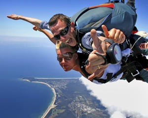 Skydiving Byron Bay - Tandem Skydive Up To 7,000ft
