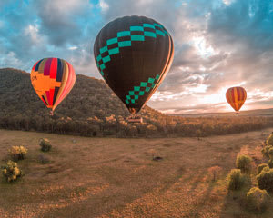 Hot Air Ballooning over the Hunter Valley with Breakfast & Photos - For 2 Passengers