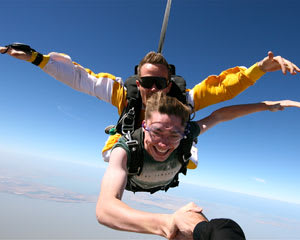 SA Skydiving, Tandem Skydive 8,000ft  - Langhorne Creek Wine Region EOFY SPECIAL