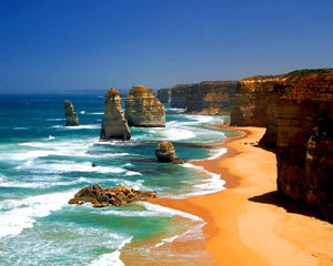 1-Day Great Ocean Road & 12 Apostles Classic Tour - Departs Melbourne - EOFY SPECIAL!
