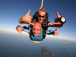Skydiving Over Redcliffe Beach Brisbane - Weekend Tandem Skydive Up To 15,000ft - EOFY SPECIAL!