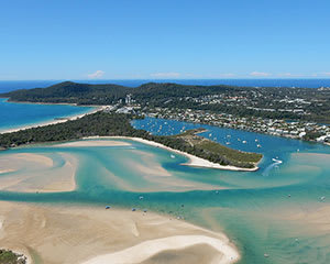 Helicopter Flight over Noosa National Park and North Shore