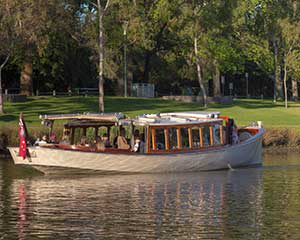 Photography Boat Cruise, 3 Hours - Melbourne Yarra River