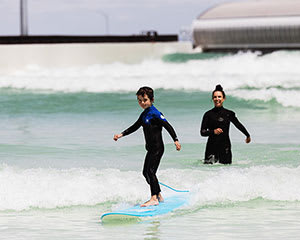 Intermediate Surf Session at URBNSURF - Melbourne - Weekend