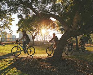Summer Sunset Guided Bike Tour, 2 Hours - Brisbane