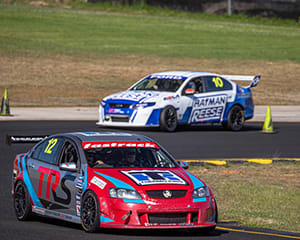 V8 Drive & Hot Laps Combo, 10 Laps - Sandown Raceway, Melbourne