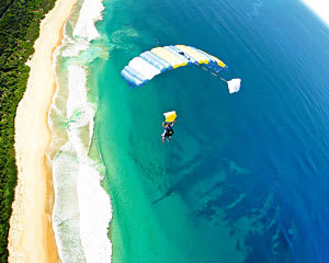 Midweek Special Tandem Skydiving Over The Beach, Up to 15,000ft - Wollongong