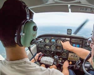 Learn to Fly a Plane, 60 Minute Introductory Flight - Adelaide
