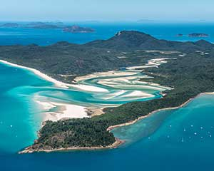 SPECIAL Scenic Flight Over Great Barrier Reef & Whitsundays, 1 Hour - Airlie Beach