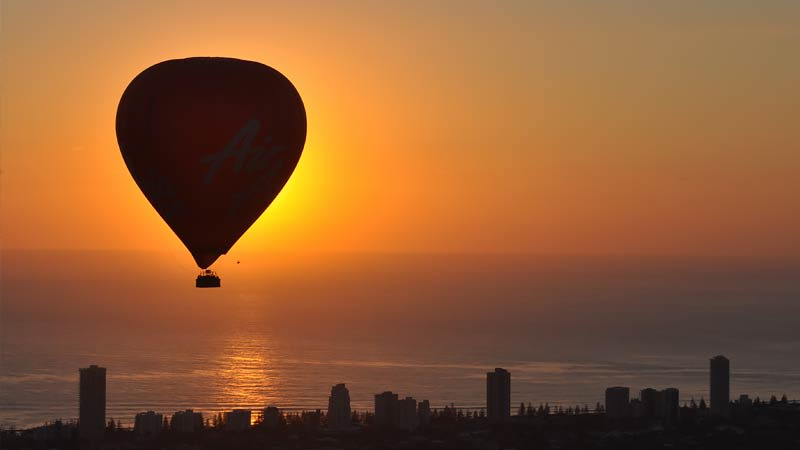 Hot Air Balloon For 2 With Breakfast - Gold Coast - SPECIAL OFFER