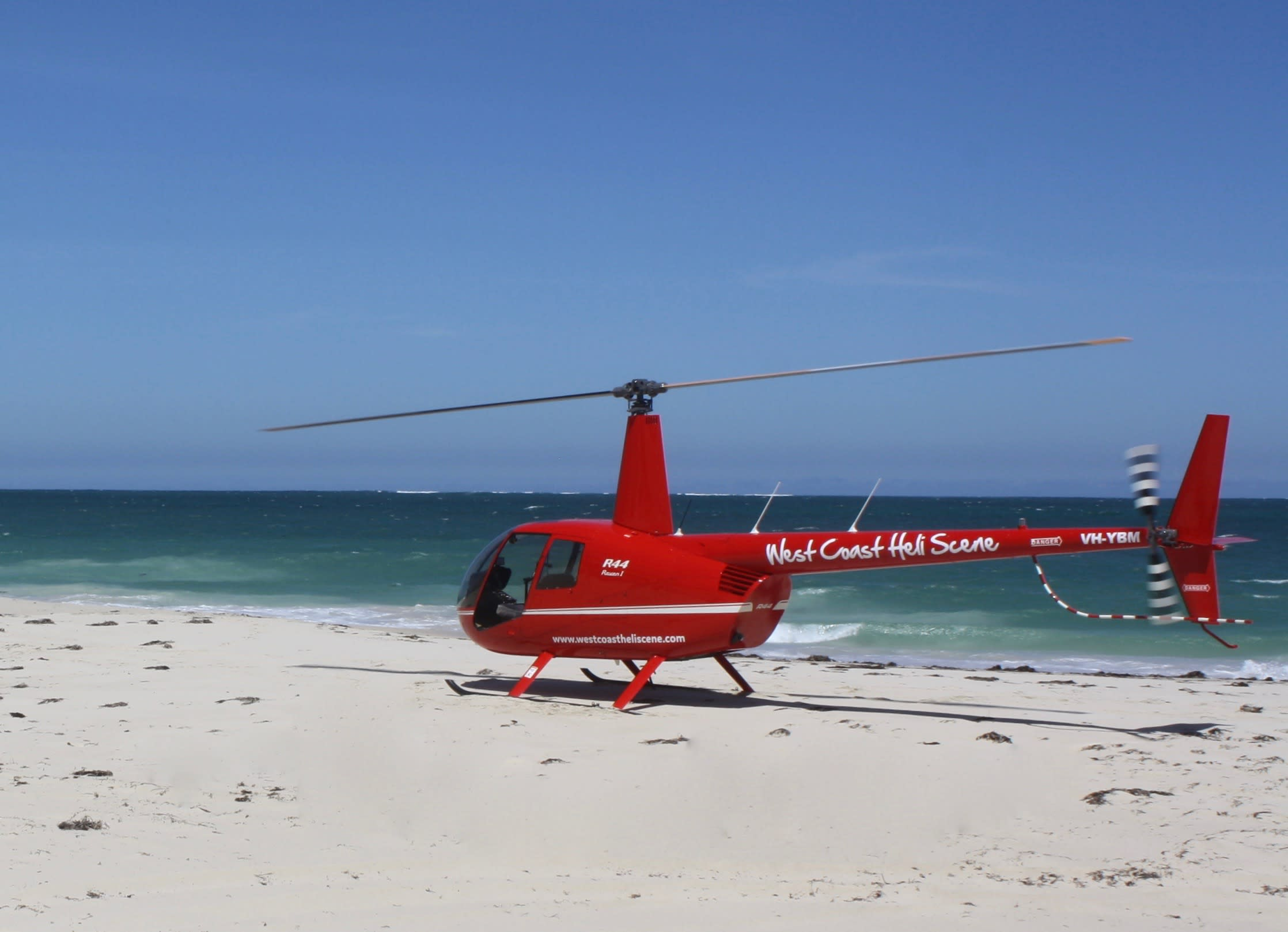 Helicopter Scenic Flight for 3 people, Scarborough Beach - 35 minute, Yanchep, Perth