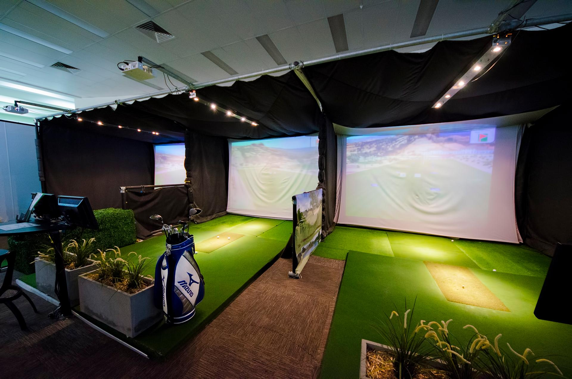 Golf Simulator, Melbourne - 18 Holes at International Golf Courses