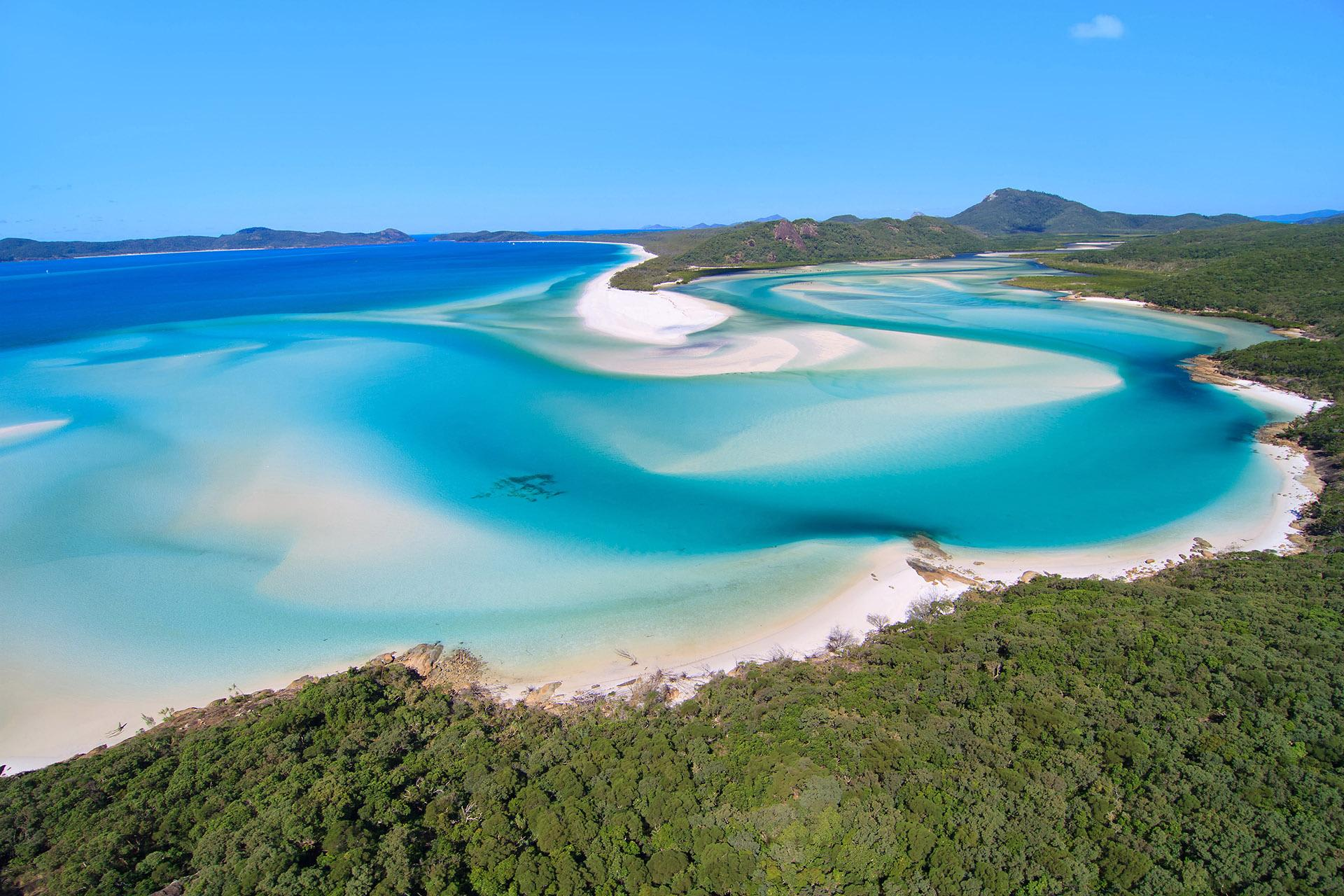 Overnight Sleep, Sail and Snorkel in The Whitsundays