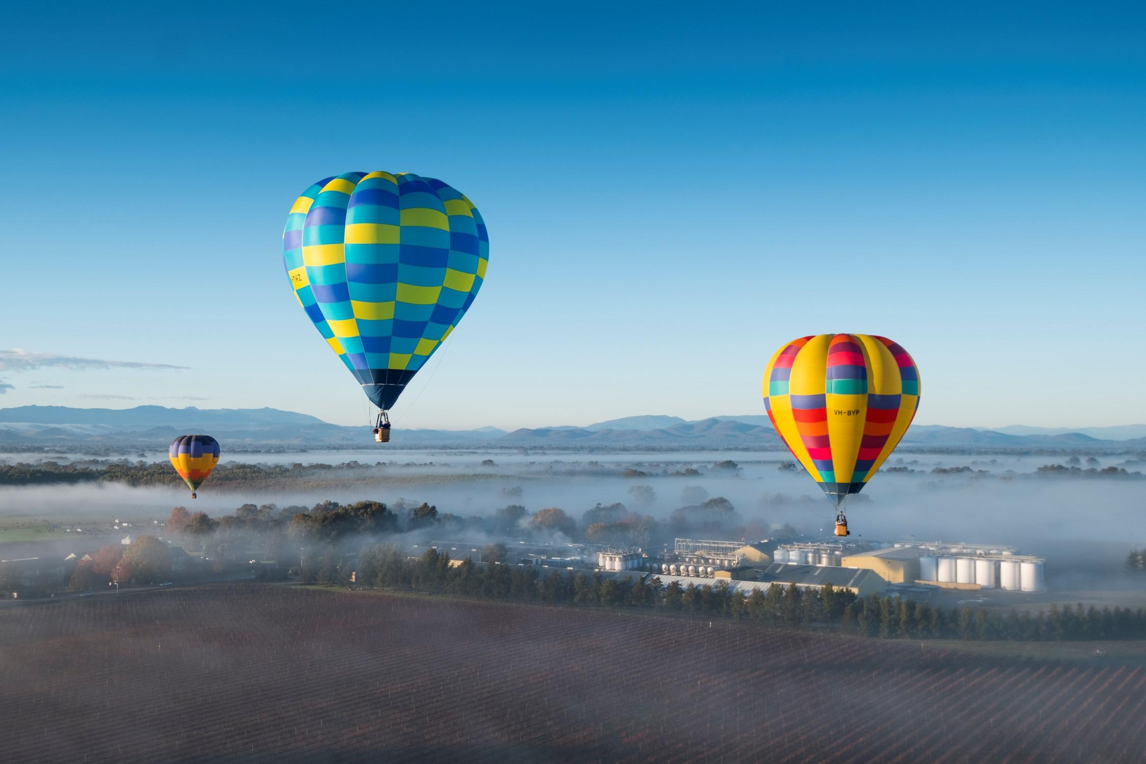 Hot Air Balloon Flight at Sunrise with Prosecco Breakfast
