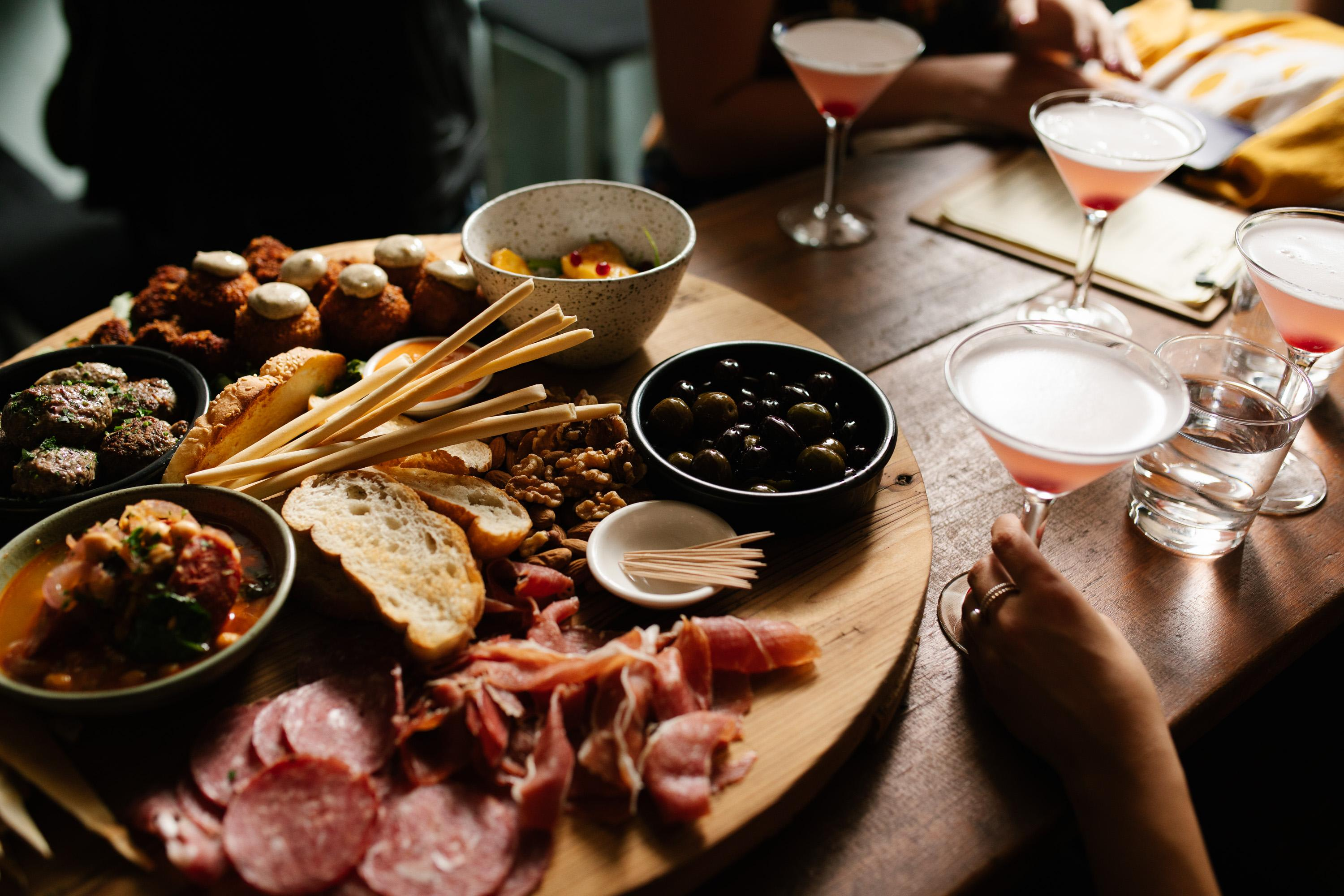 Adelaide Whisky Tour with Cocktails and Tastings - 4 Hours