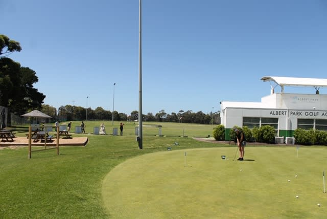 Private Golf Lesson with PGA Pro, 1 Hour - Albert Park, Melbourne