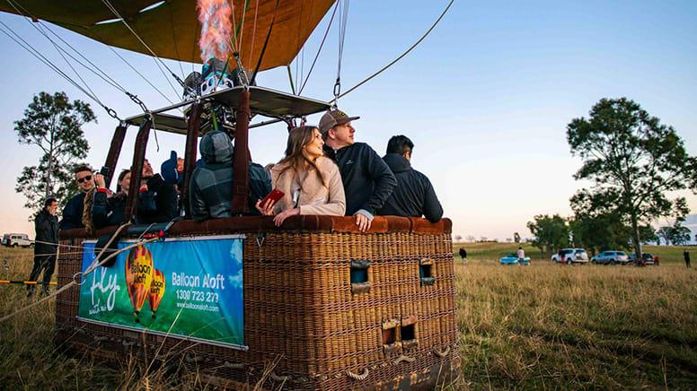 Hot Air Balloon Flight & Breakfast at The Farm - Byron Bay