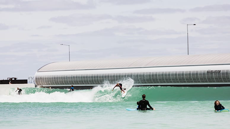 Beginner Surf Lesson at URBNSURF – Melbourne – Weekday