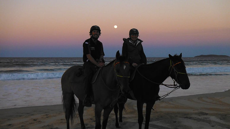 Full Moon Beach Horse Riding, No Experience Necessary - Rainbow Beach