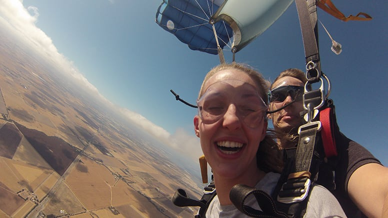 Tandem Skydiving, 9,000ft - Lower Light, Adelaide